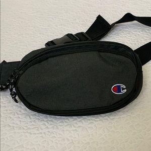 Champion unisex belt bag